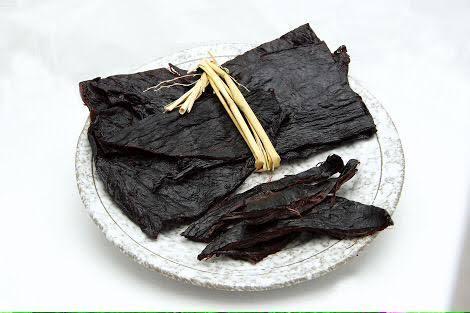 【グルメ・名物】謎の黒い食材「あこま」